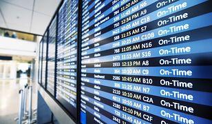 Warszawa: na lotnisku Chopina uruchomiono bramki biometryczne do automatycznej odprawy. Od teraz proces zajmie kilka sekund