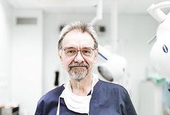 Dr Romuald Dębski nadal w ciężkim stanie. Piękny gest pacjentek