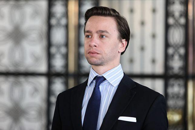Koronawirus w Polsce. Wybory prezydenckie 2020. Krzysztof Bosak: Decyzja o przełożeniu zapadła