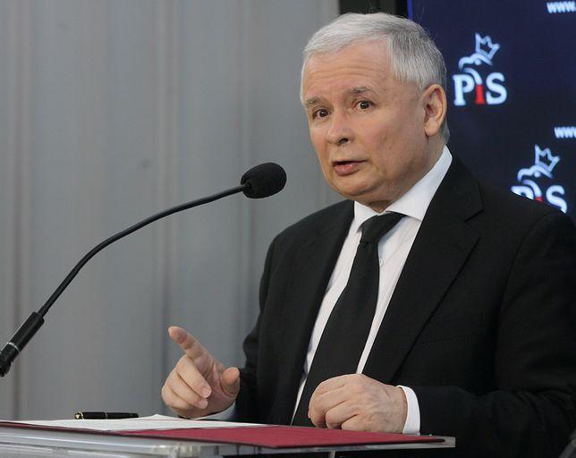 """Afera hejterska. Jarosław Kaczyński wysłał list Emilii Sz. """"Nigdy nie odpisała"""""""