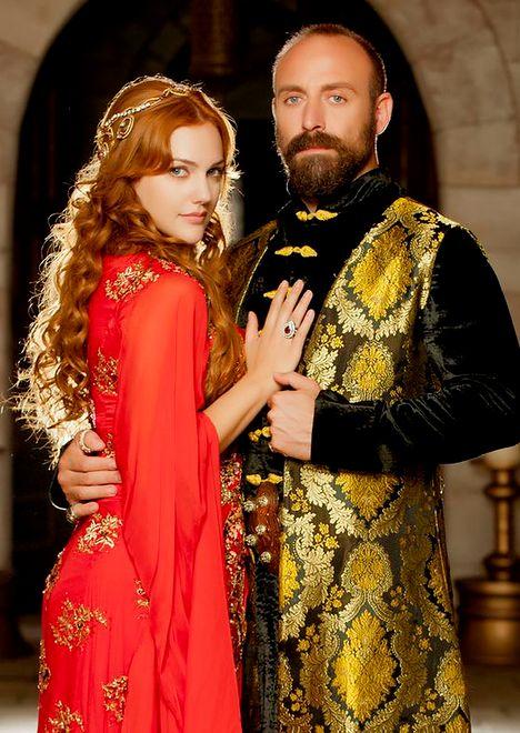 Meryem Uzerli - rola Hürrem przyniosła jej sławę i cierpienie