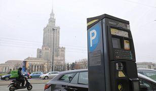 Warszawa. Z opłat za parkowanie do miasta trafiło ponad 75 mln zł