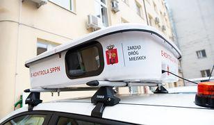 """Warszawa. Nie chcieli płacić za parkingi, więc oszukiwali metodą """"na Niemca"""""""