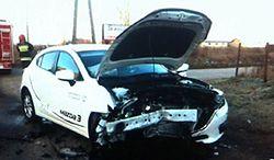 Całkowicie rozbity samochód sprzedawał jako bezwypadkowy