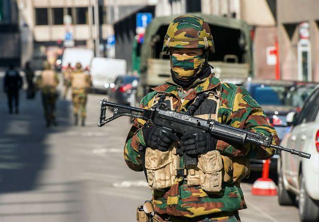 Żołnierz na ulicach Brukseli