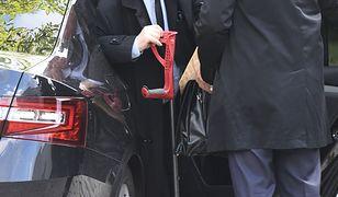 Jarosław Kaczyński przeniósł operację na datę po wyborach samorządowych