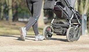 """Matkę z wózkiem wyproszono z autobusu, bo wsiadł inwalida. ZTM: """"Kierowca zachował się właściwie"""""""