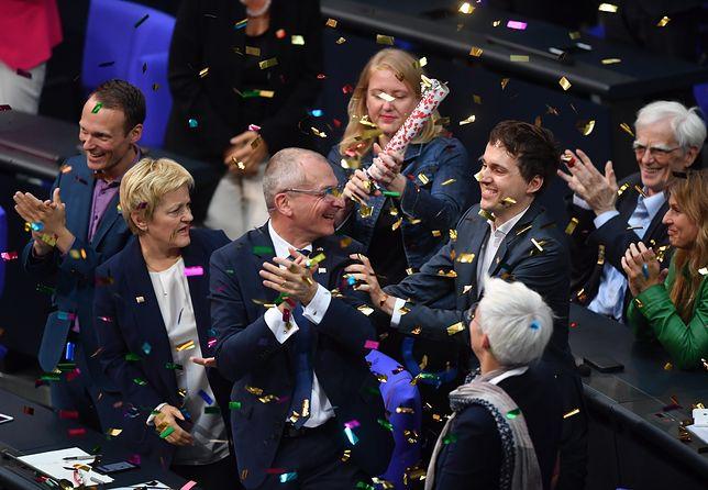 Niemcy zdecydowali. Małżeństwa homoseksualne zgodne z prawem