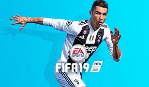 """Takiego obrazka w """"FIFA 19"""" już nie zobaczymy - Cristiano Ronaldo przestaje promować grę"""
