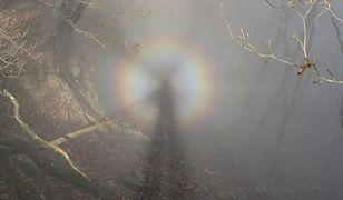 Widmo Brockenu można zaobserwować nie tylko w górach