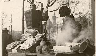 """Grafika pochodzi z książki Agnieszki Jeż """"Kuchnia dwudziestolecia. Co i jak jadano""""."""