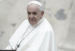 """Papież Franciszek ma """"natrętnego gościa"""""""