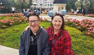 Pierwsze małżeństwo z zespołem Downa w Wielkiej Brytanii obchodzi dziś 25. rocznice ślubu. Rok temu chcieli ich rozdzielić