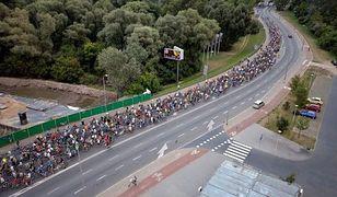 Ruszył przejazd Warszawskiej Masy Krytycznej. Duże utrudnienia