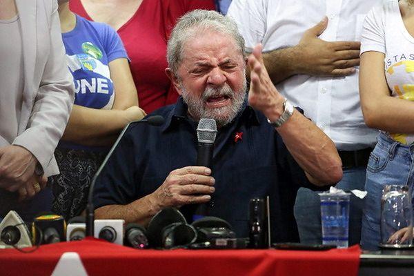 Dilma Rousseff skrytykowała działania policji wobec byłego prezydenta Brazylii
