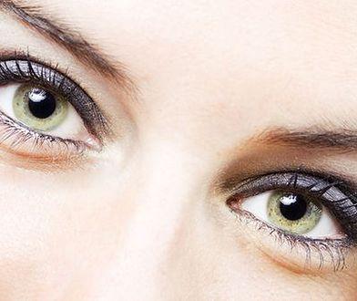 Podkreśl piękno zielonych oczu właściwym makijażem