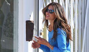 Alessandra Ambrosio - ma niesamowite nogi!