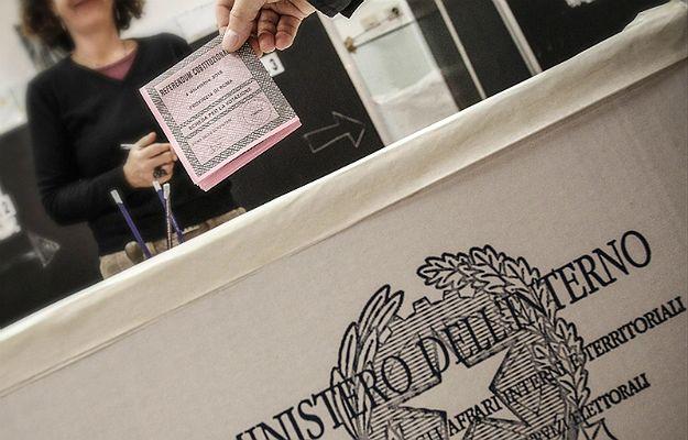 Afera wokół ołówków używanych w czasie referendum we Włoszech. Piosenkarz Piero Pelu: ołówek można łatwo zetrzeć