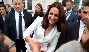 Księżna Kate zaliczyła kontrolowaną wpadkę? Wystarczy spojrzeć na jej minę