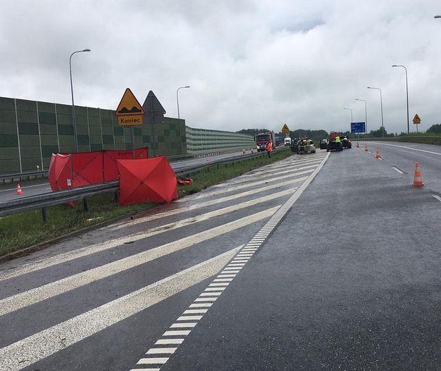 Śmiertelny wypadek na A1. Kierowca renault miał ogromnego pecha