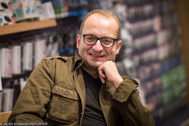 Robert Górski nie przyjaźni się z politykami, ale część z nich inspiruje go