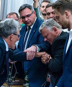 """""""Oddaj mandat"""". Złe wieści dla posłów. Polacy mają dość"""