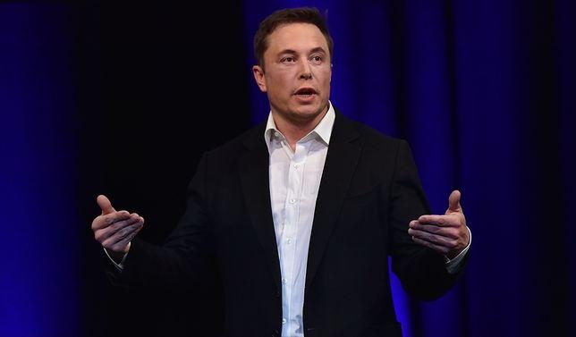 Elon Musk już wkrótce opowie o dokonaniach Neuralink.
