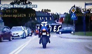 Nowy Sącz. Szaleńcza ucieczka motocyklisty przed policją (KMP Nowy Sącz)