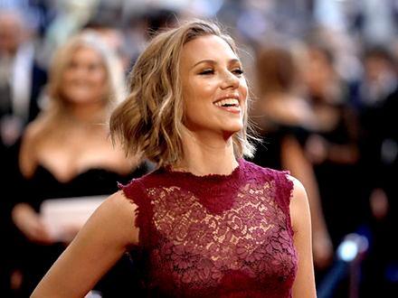 Scarlett Johansson lubi siebie
