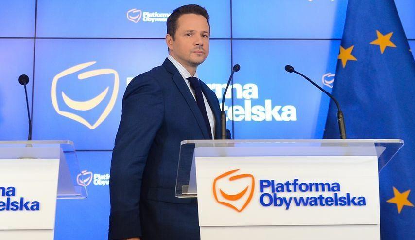 Żona Trzaskowskiego pracuje w stołecznym ratuszu. Co się z nią stanie po wyborach?