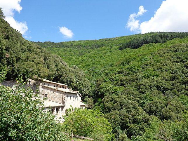 Pustelnia Carceri jest oddalona o 4 km od centrum Asyżu