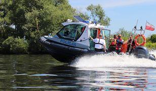 Poszukiwania wędkarza na jeziorze Chłop zostały wznowione w piątek rano