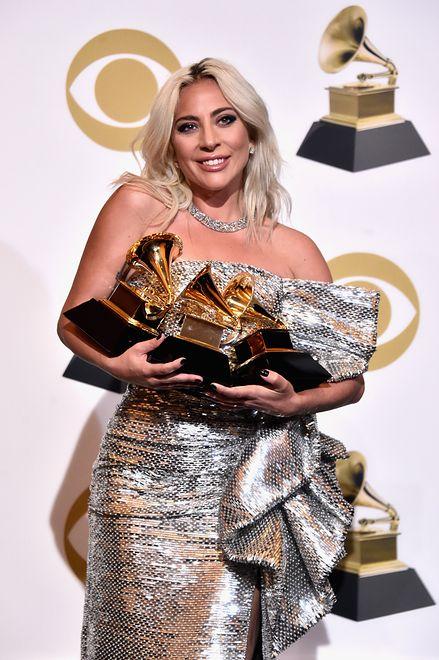 """Lady Gaga została wyróżniona za piosenki """"Joanne"""" i """"Shallow"""""""