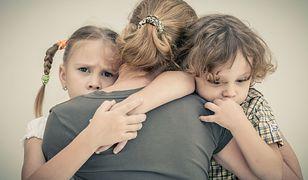 Na depresję poporodową bardziej narażone są kobiety, u których już wcześniej występowały objawy depresji.