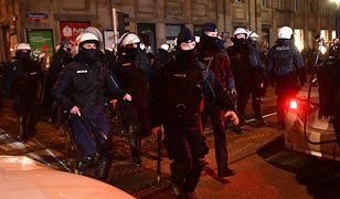 Strajk Kobiet w Warszawie. Policja publikuje nagrania z Barbarą Nowacką