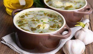 Młode listki szczawiu można jeść na surowo, starsze trzeba poddusić lub zblanszować