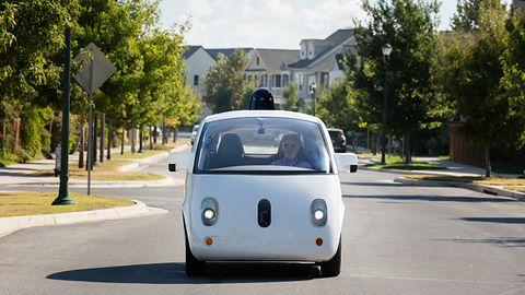 Najwyższy czas zaakceptować autonomiczne samochody. Duży sukces i dalsze plany Waymo