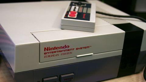 240 fałszywych emulatorów NES w Sklepie Play Google. Ponad 14 milionów instalacji