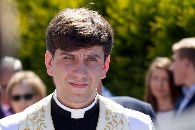 Ks. Tymoteusz Szydło rezygnuje ze stanu kapłańskiego. Co na to jego parafianie z Buczkowic?