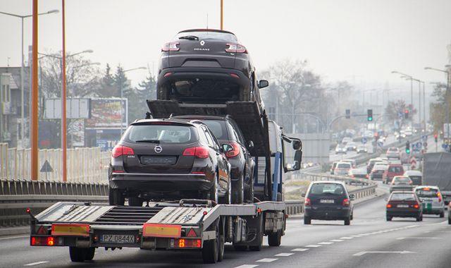 Samochód w firmie. Jak odliczyć VAT