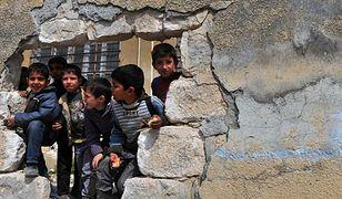 Syryjskie dzieci w Idlibie