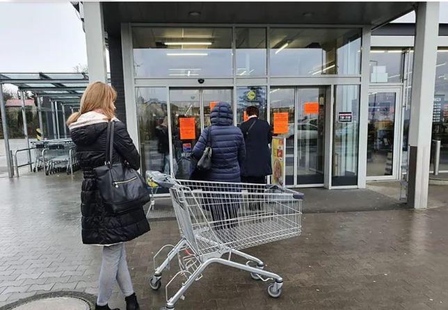 Polacy kreślą scenariusze na najbliższą przyszłość. Droższe jedzenie, bankructwo firm i niższe pensje