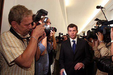 Sejm nie zbierze się wcześniej, by debatować o rozwiązaniu