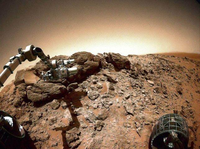 Zdjęcie Marsa wykonane przez łazik Spirit w 2005 roku