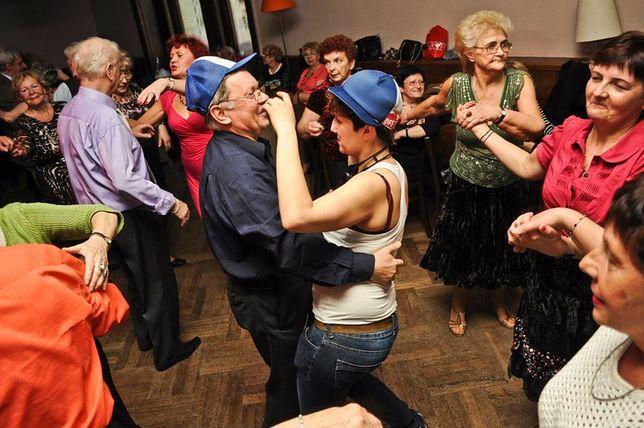 Za darmo: Dancing międzypokoleniowy na rapie
