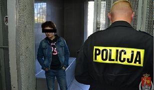 Kobieta ukradła ze sklepu ubrania warte 500 złotych!