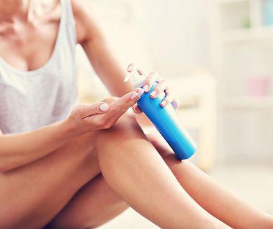 Samoopalacz jest idealnym kosmetykiem dla kobiet, które chcą szybkiej i lekko brązowej opalenizny