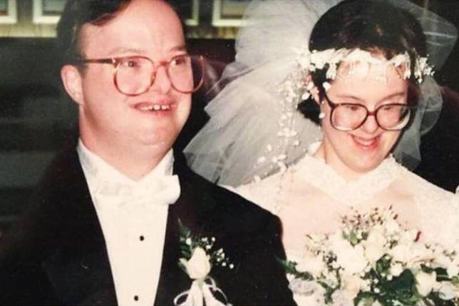 Para z zespołem Downa przeżyła razem 25 lat. Internauci są poruszeni