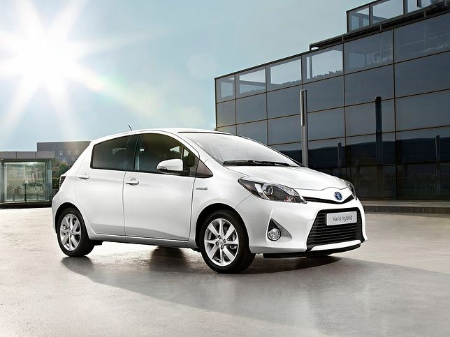 1. Toyota Yaris Hybrid