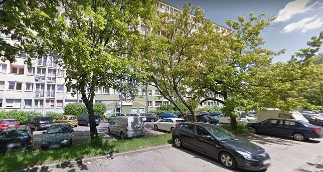 Tragedia we Wrocławiu. 19-latka zmarła na klatce schodowej tuż przed wejściem do mieszkania